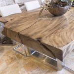Edler Esszimmertisch aus einem Baumstamm